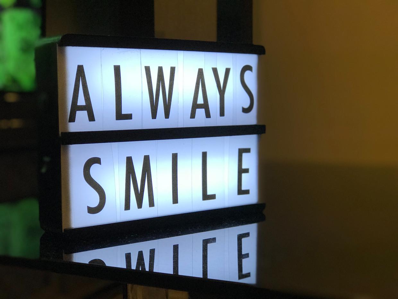 Always Smile Dentatainment - Dr. Witte Roth - Zahnarzt Klagenfurt